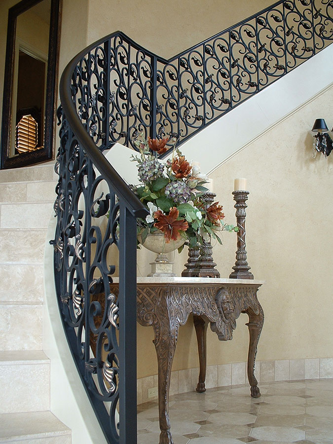 Decorative Iron Railing Staircase
